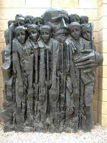 Monument to Schindler protecting the Jewish children